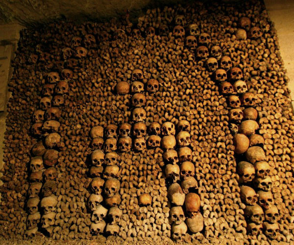 Catacombs-of-Paris1